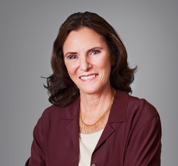 Kathy_Cripps_President_of_the_PR_Council-164783-edited.png